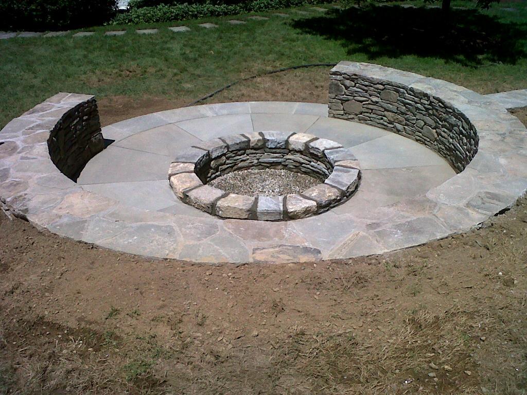 Fire pit with fieldstone haslar veneer seating walls ...